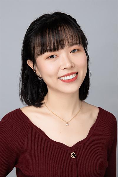 Hong Kong New Concept Mandarin teacher - Jun Zhao